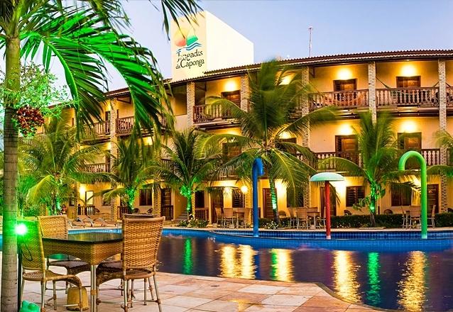 Para você curtir uma praia! 2 diárias para 2 pessoas e 1 criança de até 10 anos + café da manhã no Hotel Jangadas da Caponga por R$359