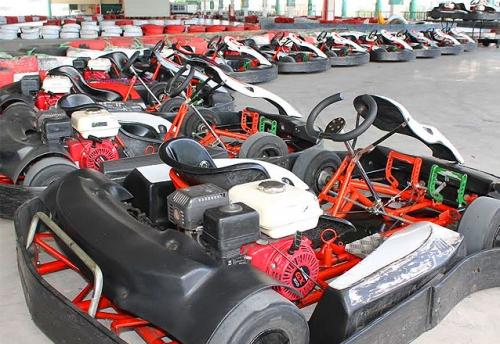 Para você que é fã de adrenalina e velocidade! Corrida no Kartclube Iguatemi por R$79,90