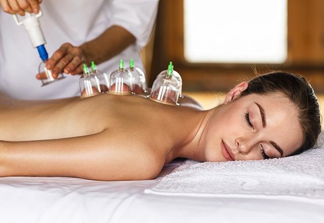 O melhor para o seu corpo relaxar! 45 min de Massagem com Ventosaterapia por R$49,90 no Centro Terapêutico Alencar Fagioli