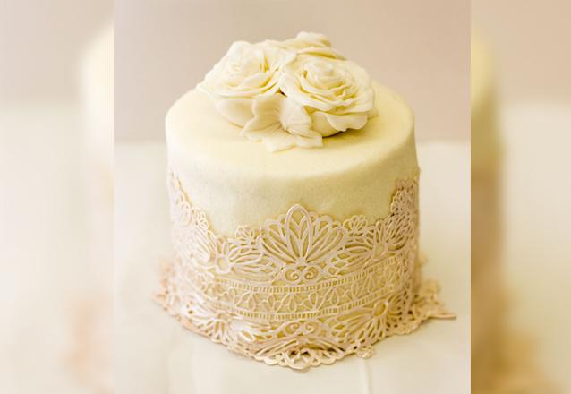 Delicioso mimo para o seu evento! Mini bolo da Arubio Confeitaria de R$45 por apenas R$34,90