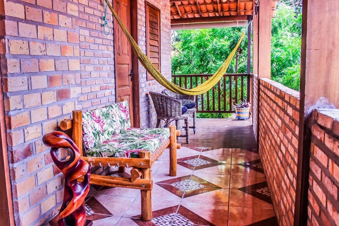 Na rua principal de Jeri, uma ótima hospedagem! 2 diárias com café da manhã para 2 pessoas por R$299 no Blessed Hostel Jeri