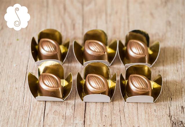 Faça sucesso na sua festa com os melhores doces da cidade! Pacote com 250 Chocolates Belga da Sucré por R$357,50