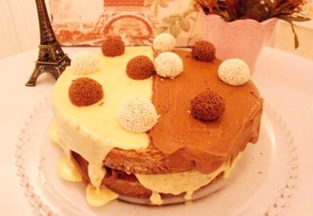 Impossível resistir! Torta Tentação com Leite Ninho e Chocolate ao Leite para até 25 pessoas por R$69,90 na Confeitte Casa de Chá
