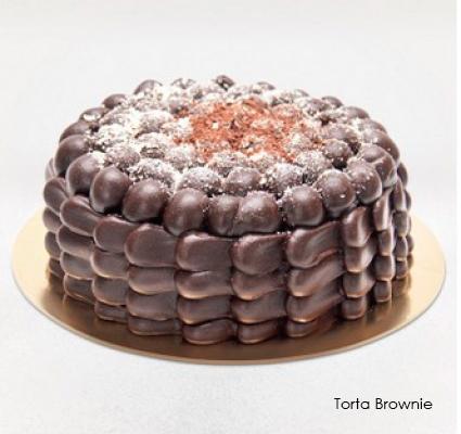 01 Torta Brownie (recheada com o delicioso chocolate belga, ideal para os apreciadores do famoso Brownie), serve de 25 a 30 pessoas de R$165 por apenas R$79,90