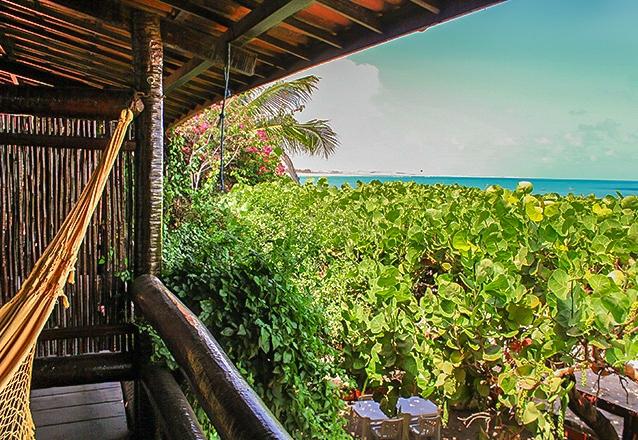Para você aproveitar Flecheiras! 2 diárias em apartamento sem vista mar com café da manhã para 2 pessoas e 1 criança por R$299 na Pousada Vira Sol