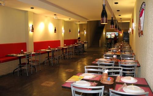 Tudo o que você gosta num único rodízio! Rodízio Completo de Pizzas, Esfihas, Tortas Salgadas e Massas para 1 pessoa no Esfiha & Cia por R$23,90
