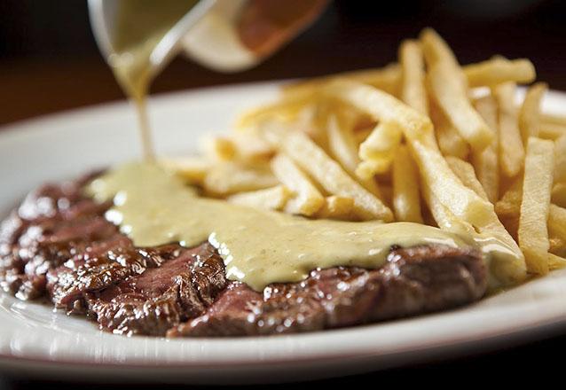 O melhor da gastronomia internacional! Entrada, Prato Principal e Sobremesa para 2 pessoas por R$119,90 no Entrecôte - Bistrô D'Europa Fortaleza