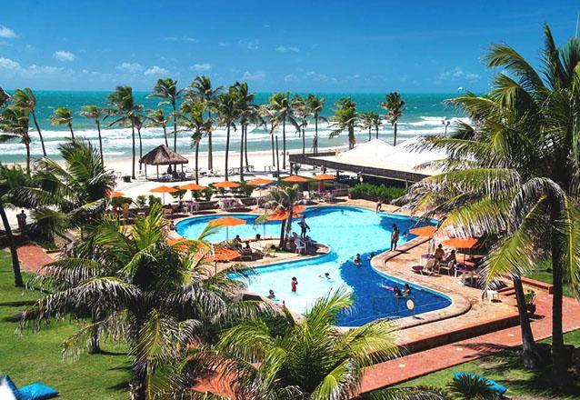 PASSEIO COMPLETO! 3 diárias para 2 adultos e 2 crianças + Meia Pensão no Oceani Beach Park Hotel + Entrada no Parque Aquático Beach Park + Ingressos do Ceará Show por R$1.866. Em até 6x sem juros!