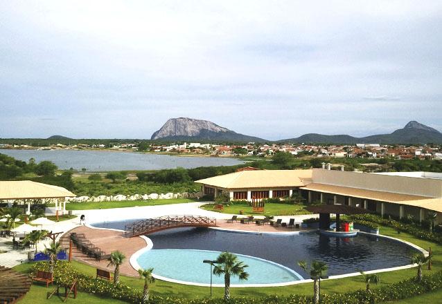 Um verdadeiro paraíso situado em Quixadá! 2 diárias com café da manhã da para 2 pessoas e 1 criança de até 7 anos por R$299 no Vale das Pedras