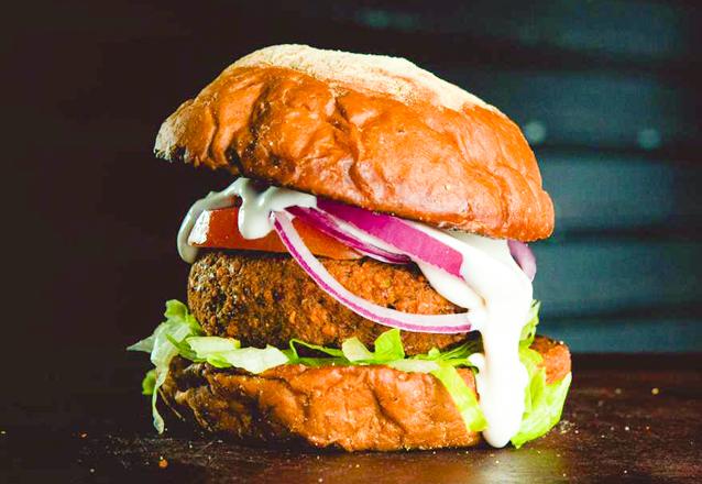 El Chancho, o melhor hambúrguer de Fortaleza! Premiado pelo Sabores da Cidade em 2018! 1 Kentucky, Smash Pork ou Burger de Falafel de até R$24 por apenas R$15,90