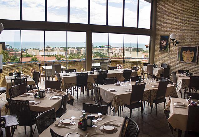 Opções perfeitas para seu almoço ou jantar! 5 Opções de Pratos no Planet Dunas Restaurante e Pizzaria por apenas R$39,90