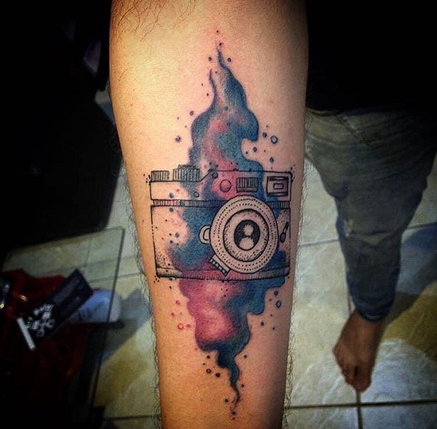 Hora de se tatuar! Crédito em tatuagem (8cm) de R$200 por apenas R$99 na Arte & Conceito Galeria e Tatuagem