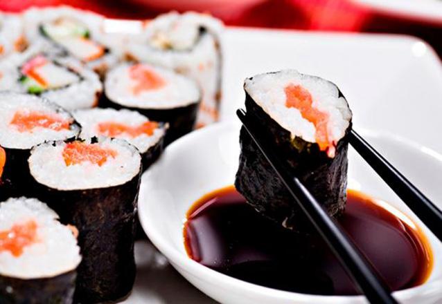 Aquele japa delicioso! Daruma Sushi Ya! Combinado de Sushi de 32 peças de R$57 por apenas R$46,90