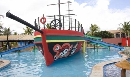 Venha aproveitar o parque perfeito na praia! Ingresso Adulto e 1 criança até 6 anos de R$120 por apenas R$36,90 no Ytacaranha Park!