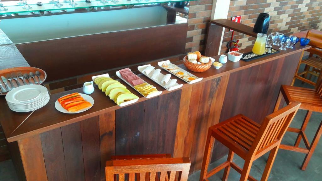 Agosto à Novembro: 2 diárias para 2 adultos + café da manhã de R$360 por apenas R$299