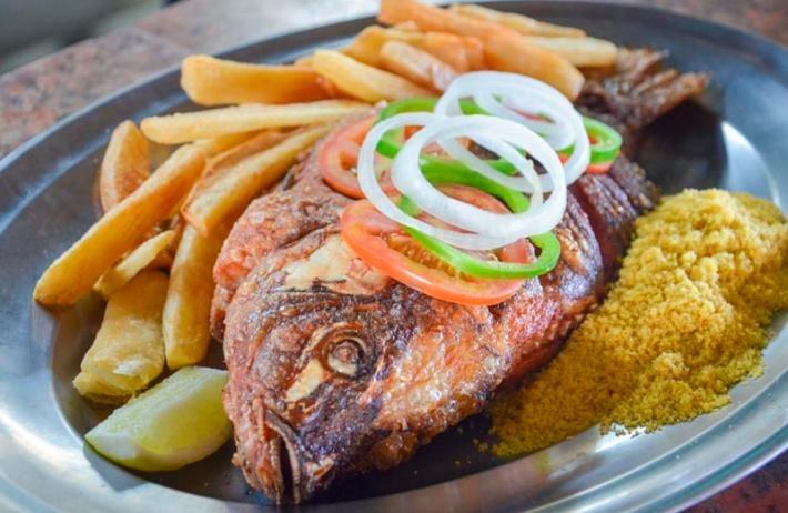 3 Opções de pratos entre Camarão Grande, Tilápia ou Carne do Sol + 1 pulseira para 1 criança de 0 a 12 anos por apenas R$59,90