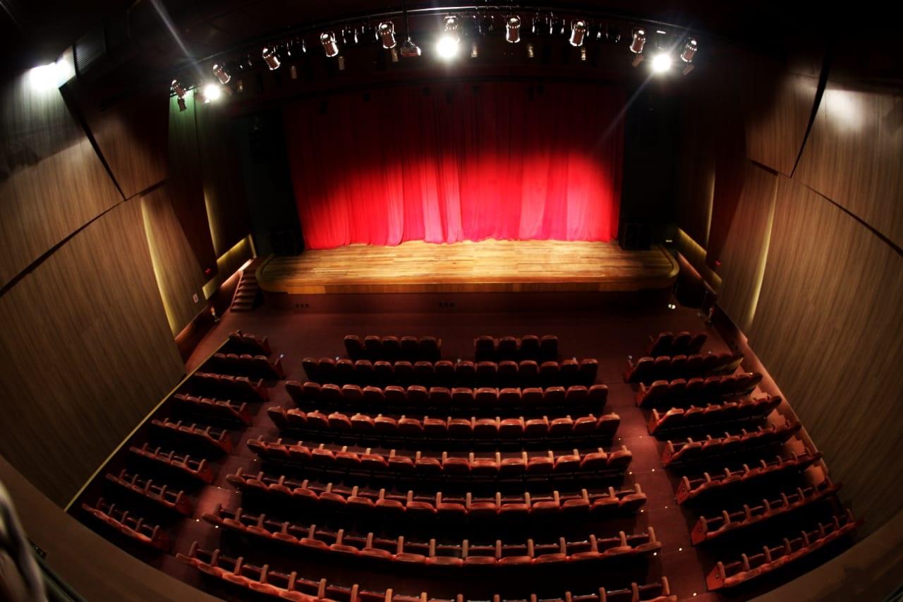 O espetáculo O Rei! Ingresso Inteira Setor Mezanino no dia 24/08 às 19h de R$60 por apenas R$28,40 no Theatro Via Sul