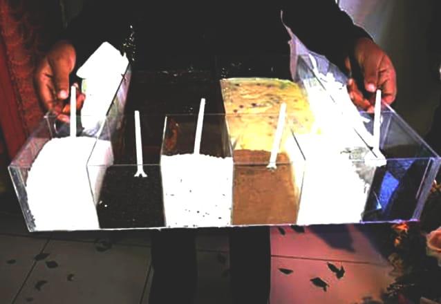 Sua festa com os melhores brigadeiros! Bar de brigadeiro com 2 opções de chocolates + 5 opções de recheio por R$189,90 com a E3 Bar de Brigadeiro