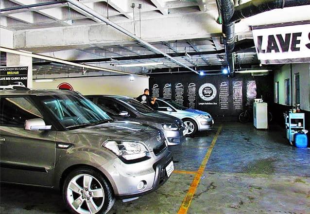 Lavagem de bancos + lavagem completa com cera de carnaúba + higienização do ar condicionado por R$49,99 na Kiip Fortaleza Lavagem Automotiva Australiana