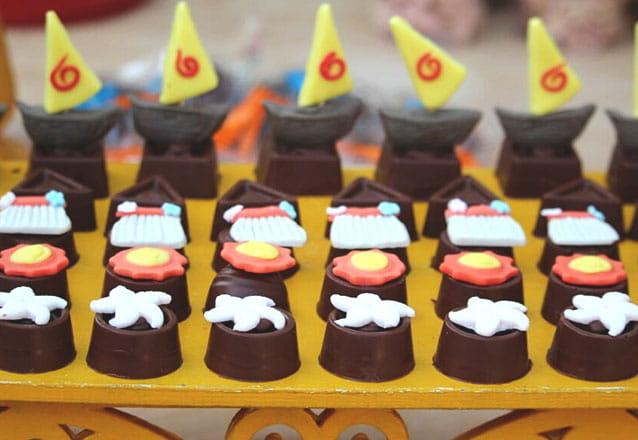 Sua mesa de doces maravilhosa! 200 Bombons, sendo 30 modelados por apenas R$199 na Manu Uchôa Chocolates